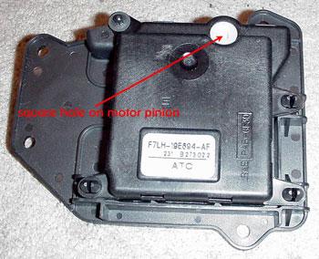 Lincolns of Distinction: Repair Index - Blend Door Actuator Arm